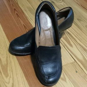 Loafer style heel
